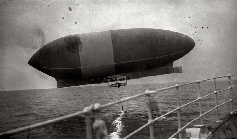 The airship 'America'