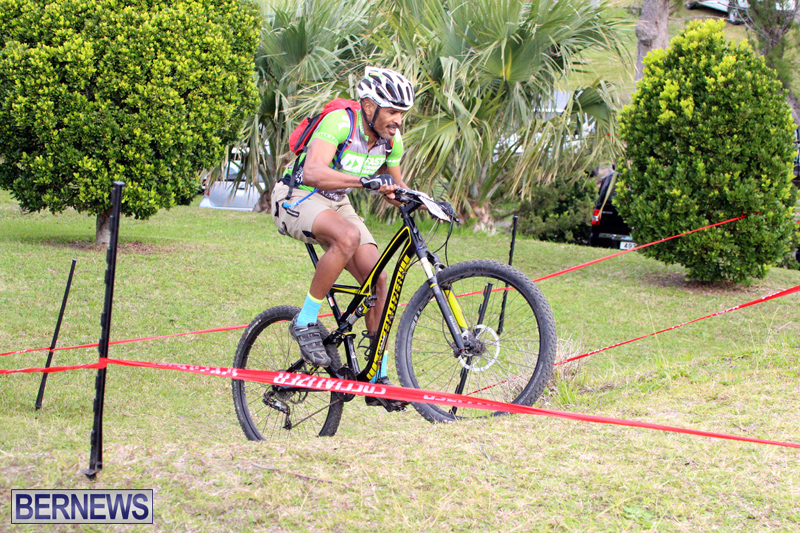 Flying-Colours-Mountain-Bike-Race-Bermuda-Feb-12-2017-1
